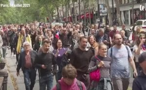 Thousands of French protesters oppose mandatory vaccines and COVID passports